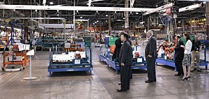 White House Officials Tour Chevy Volt Plant