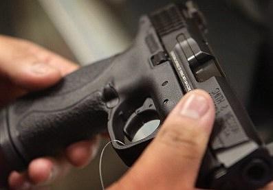 handgun (Photo by Scott Olson/Getty Images)