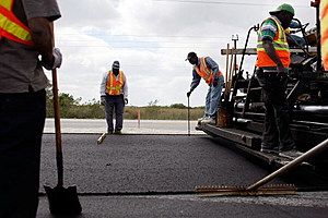 road construction crew (Photo by Joe Raedle/Getty Images)