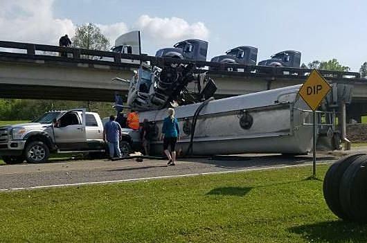 Big Rig Crash (Photo Courtesy of KATC)