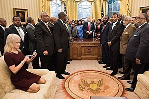 Oval Office Photo (www.shorenewsnetwork.com)